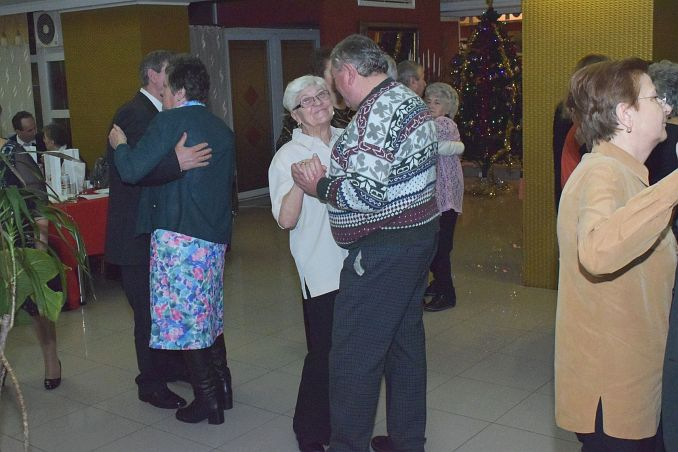 revelionul seniorilor 027