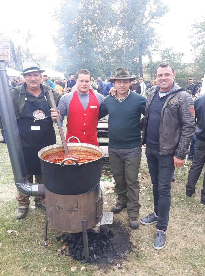 Actualitatea Festivalul vanatorilor Bata Lugoj 023