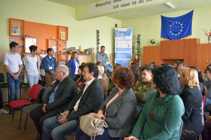 Actualitatea Ziua Mondiala a Alimentatiei la Liceul Tehnic Valeriu Braniste Lugoj 005