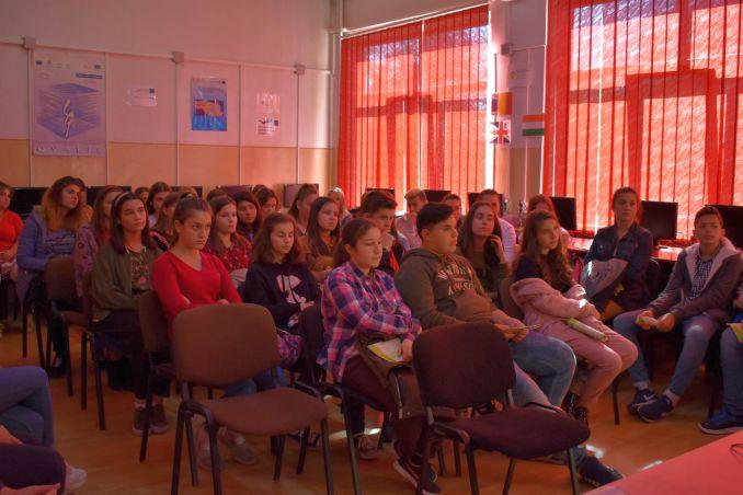 Actualitatea Ziua Mondiala a Alimentatiei la Liceul Tehnic Valeriu Braniste Lugoj 006