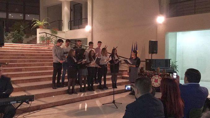 Actualitatea Serbarea de Crăciun a Liceului Teoretic Coriolan Brediceanu Lugoj 013