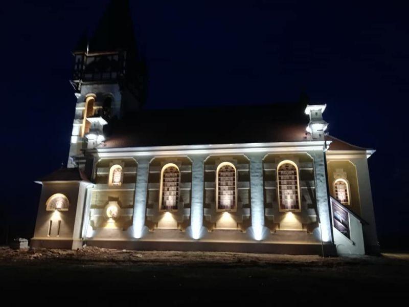 biserica din dumbrava 1