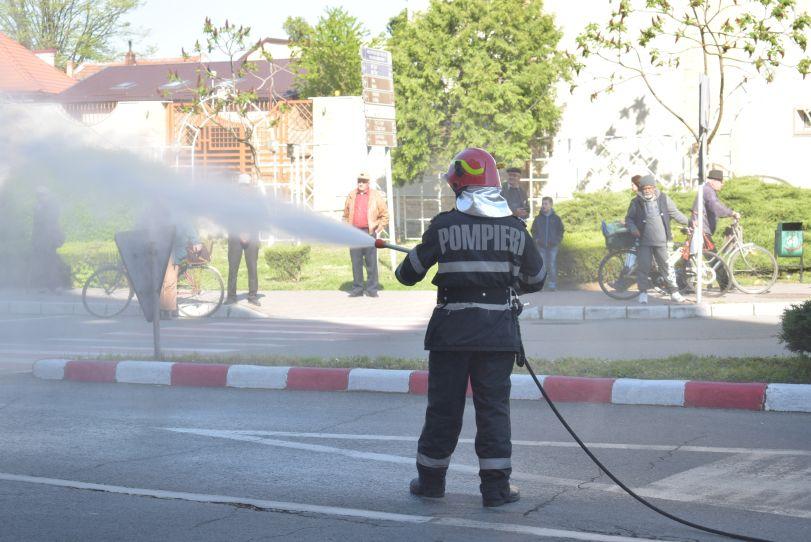 Actualitatea autoutilitara pompieri ultima generatie Lugoj 5