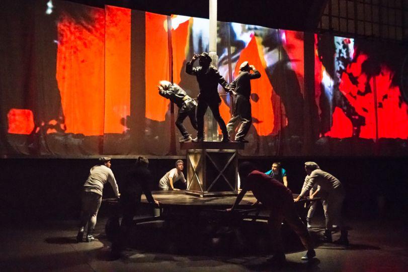 osmego teatr – children of the revolution 1a
