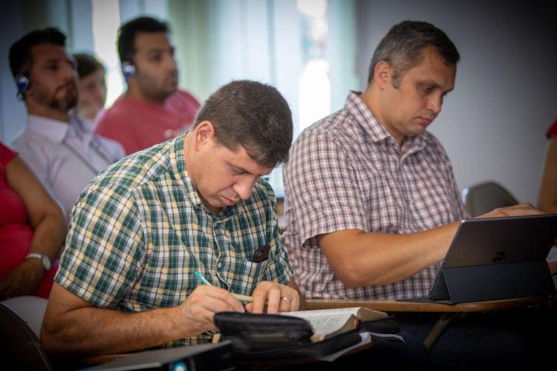 Actualitatea Centrul de Studii Biblice de la Surduc 20 de ani de existenta Lugoj 068
