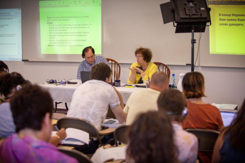 Actualitatea Centrul de Studii Biblice de la Surduc 20 de ani de existenta Lugoj 071