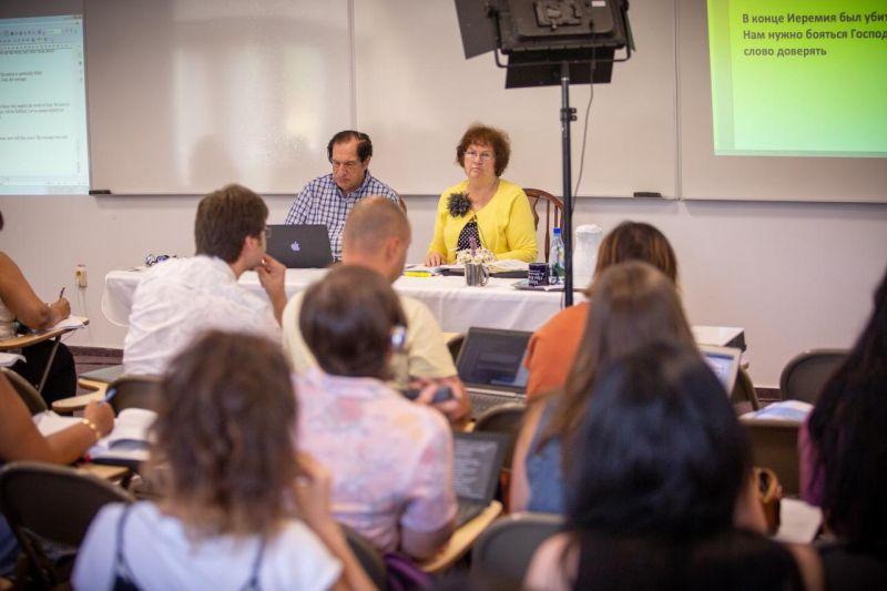 Actualitatea Centrul de Studii Biblice de la Surduc 20 de ani de existenta Lugoj 073