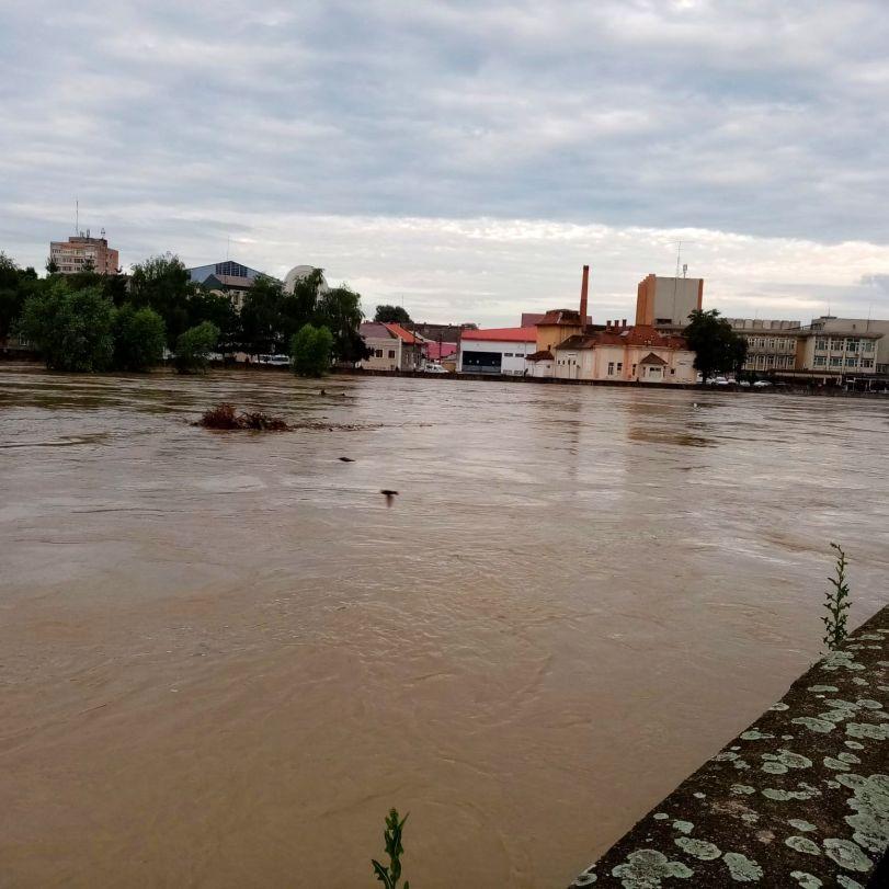 inundatii la podul de fier 4